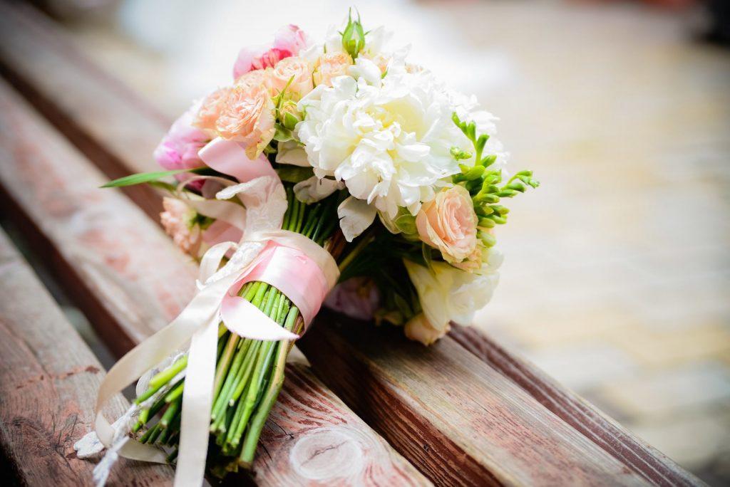 Le bouquet de mariage, un élément primordial dans les couleurs de votre mariage !